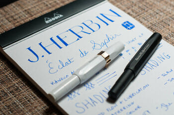 Mejor tinta azul pluma estilográfica formal azul real profesional estilo